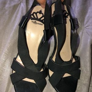 NEVER WORN black strappy heel